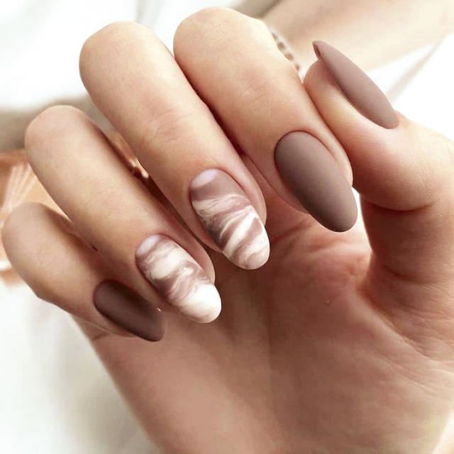 Маникюр на зауженную форму ногтей