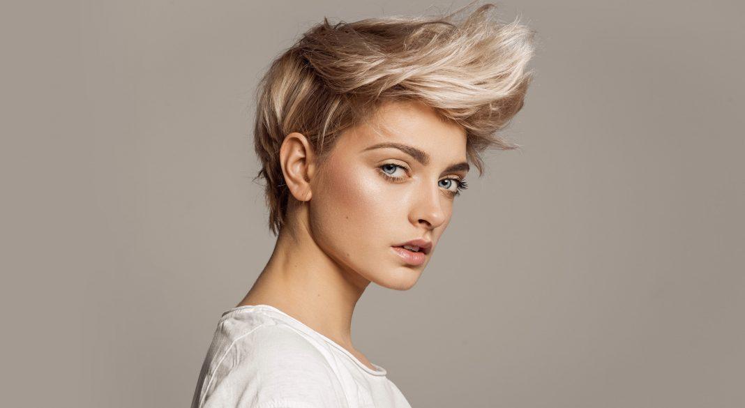 Уход за осветленными волосами после окрашивания и натуральным блондом