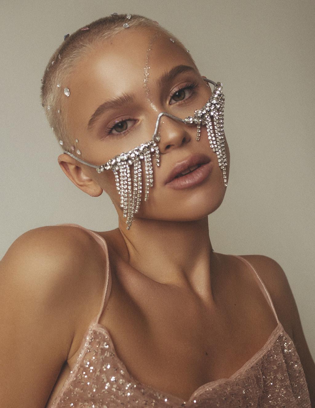 Фестивальный макияж кристаллы
