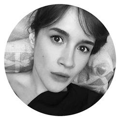 Полина Нагорных Визажист и редактор бьюти-дайджеста Sharp Edges