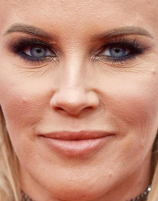 Ошибки макияжа пудровые текстуры нет