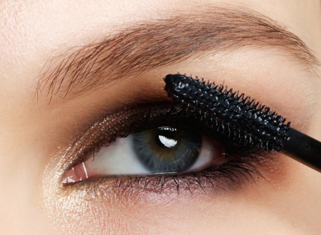 Средства для макияжа Тушь