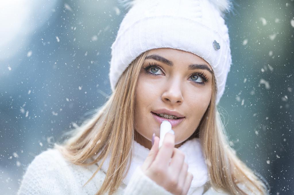 Зимний холод влияет на сухость кожи