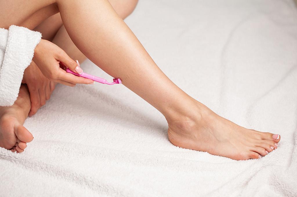 Как правильно брить ноги: Правильно удали волоски