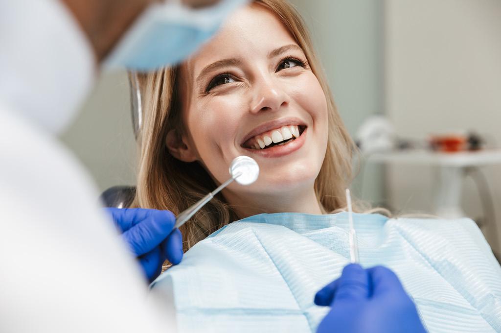 Два раза в год обязательно посещай стоматолога