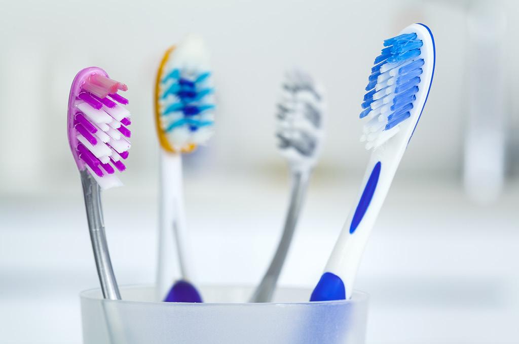 Как ухаживать за полостью рта: Зубная щетка
