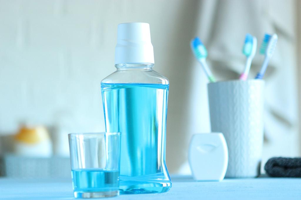 Ополаскиватель для полости рта: важный инструмент гигиены