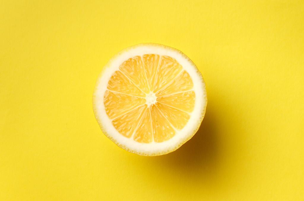 Как убрать желтизну с ногтей полезные советы: Лимон