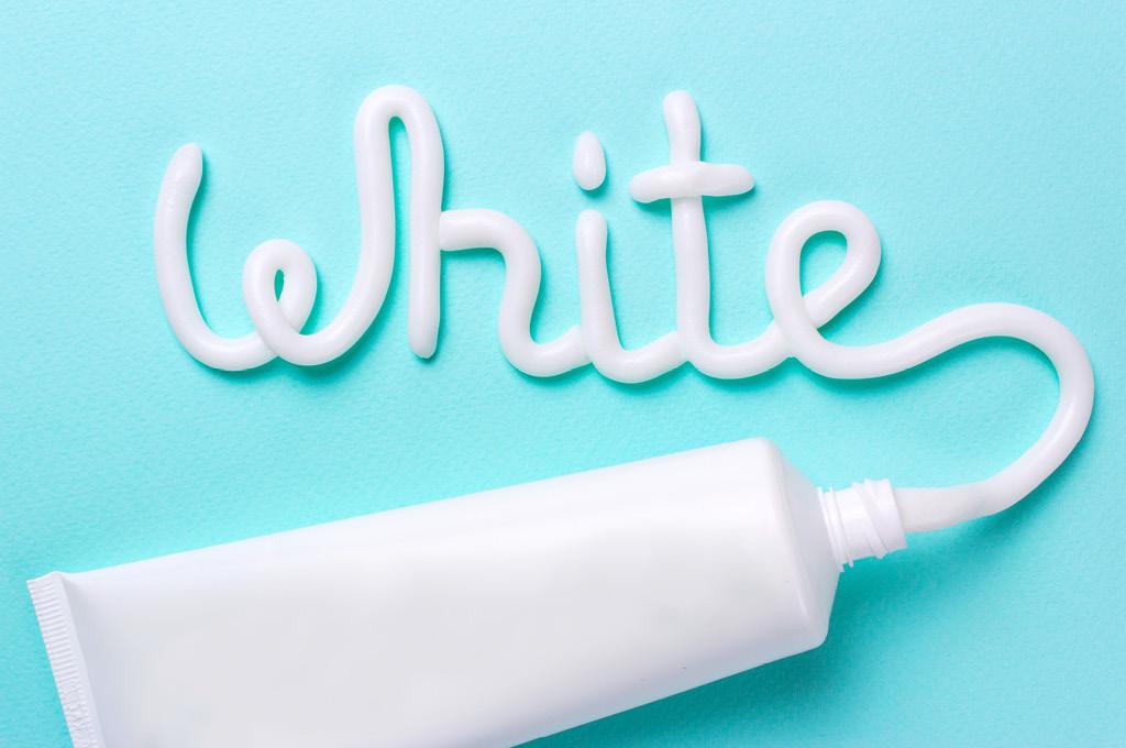 Как убрать желтизну с ногтей полезные советы: Зубная паста