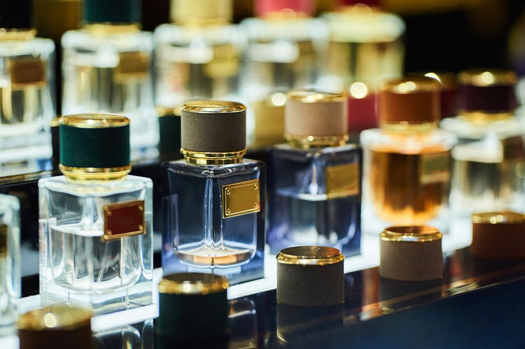 Лучшие ароматы до 1000 рублей в магазинах «Подружка»